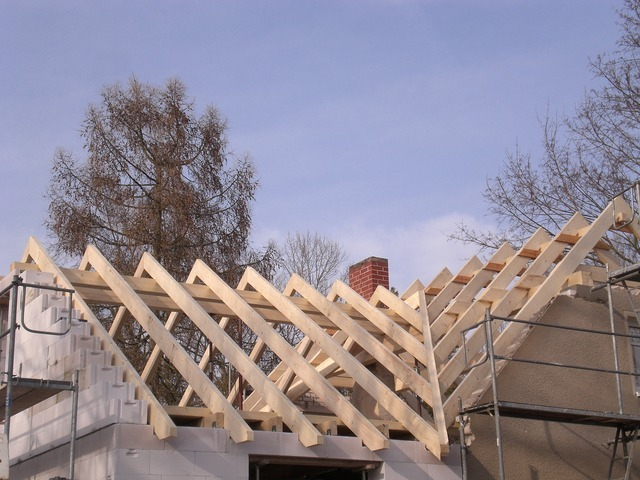 zimmerei korth dachsanierungen und neueindeckungen ein neues dach. Black Bedroom Furniture Sets. Home Design Ideas